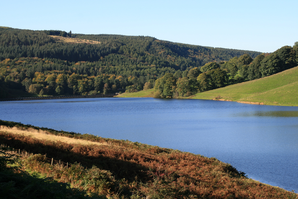 a sunny day in the Peak District