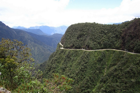 Bolivian Death Road, CC Alicia Nidjam