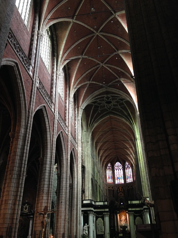 main cathedral interior of ghent