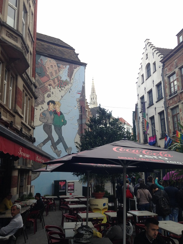 graphic comic mural brussels