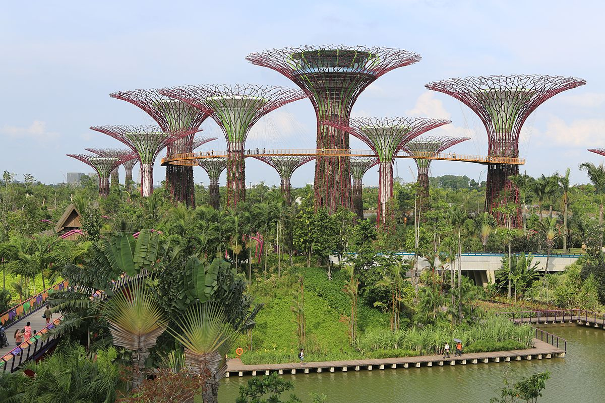Gardens by the Bay is one of the many Singapore Tourist Spots that can be enjoyed for cheap or free