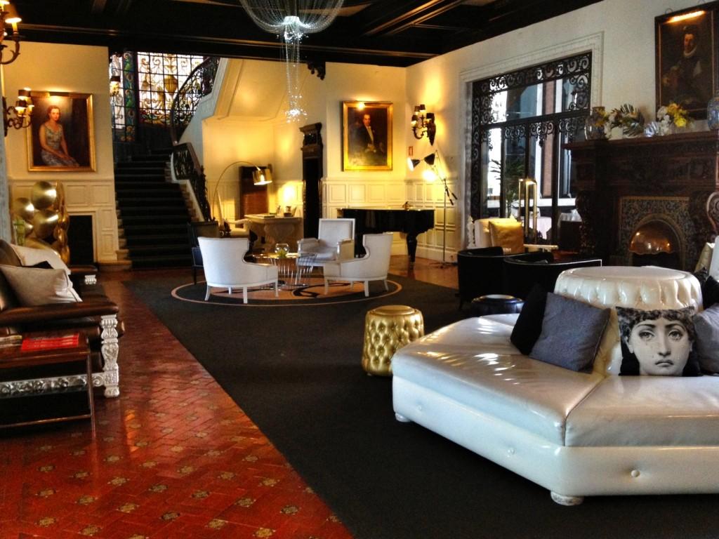 Hotel Lobby Porto
