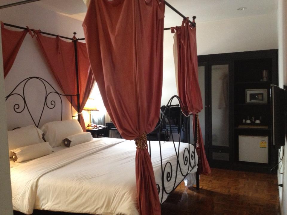 Da Vinici Suites Hotel Bangkok