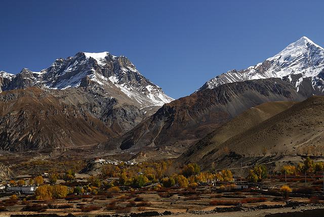 trekking in Mustang Nepal