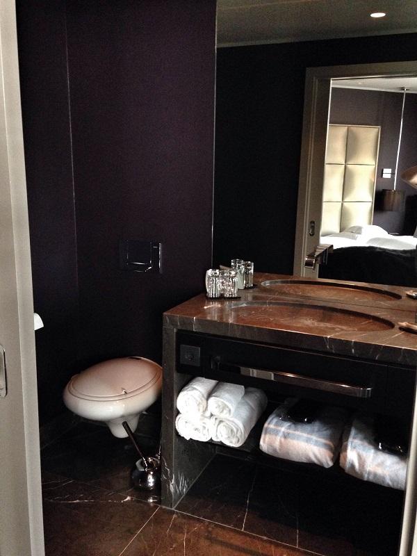 hotel room bathroom at Roomers