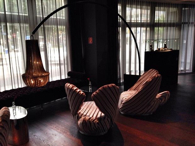 lobby at Roomers hotel in Frankfurt