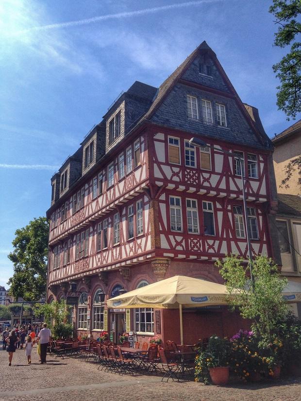 original Frankfurt building