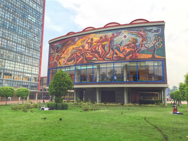 murals on the UNAM campus, diego rivera
