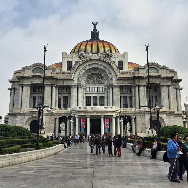 palacio bellas artes in mexico city