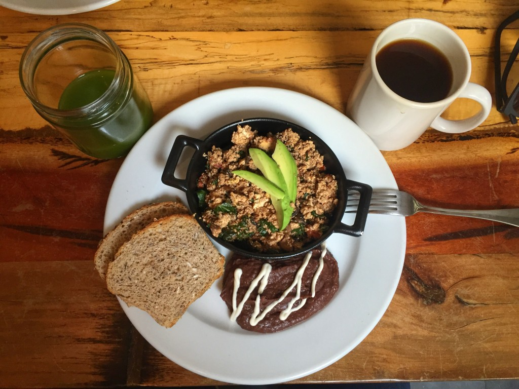 tofu scramble at Forever Vegano, vegan restaurant in Mexico City, Roma Norte