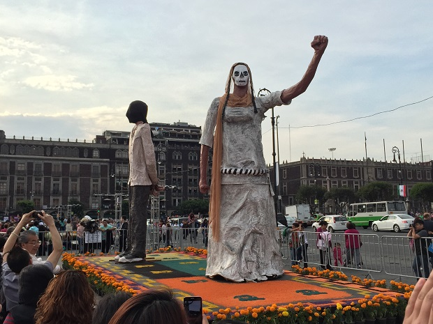 day of the dead in the main square mexico city 2014