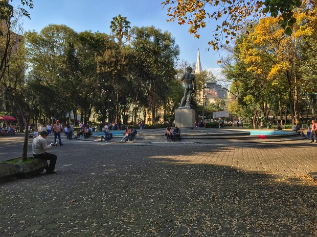 nice park in mexico city - Plaza Rio de Janiero