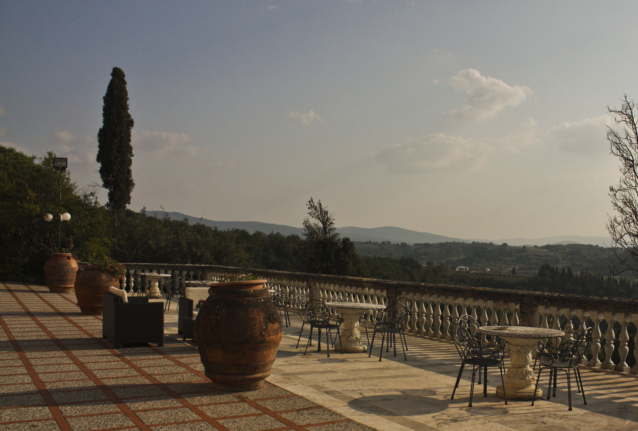 Italian villas consistently rank among the best family accommodation abroad ... photo by CC user ashleyhexum66 on Flickr