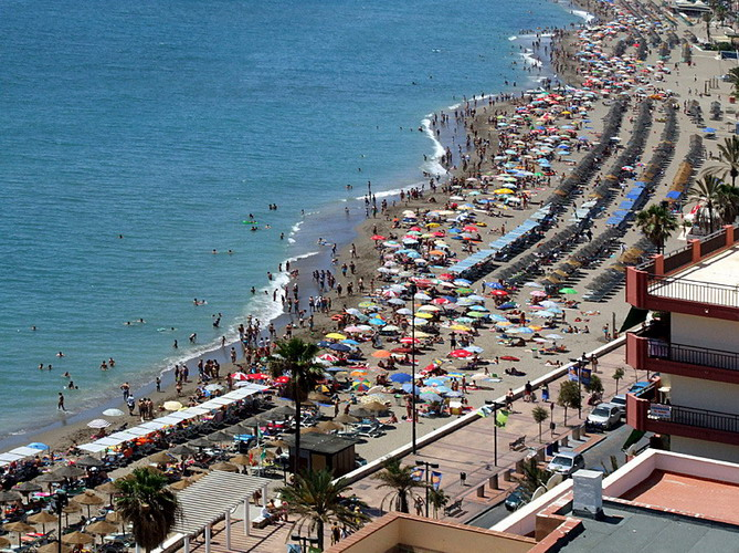 Fuengirola is an outstanding resort town on Spain's fabulous Costa del Sol...!