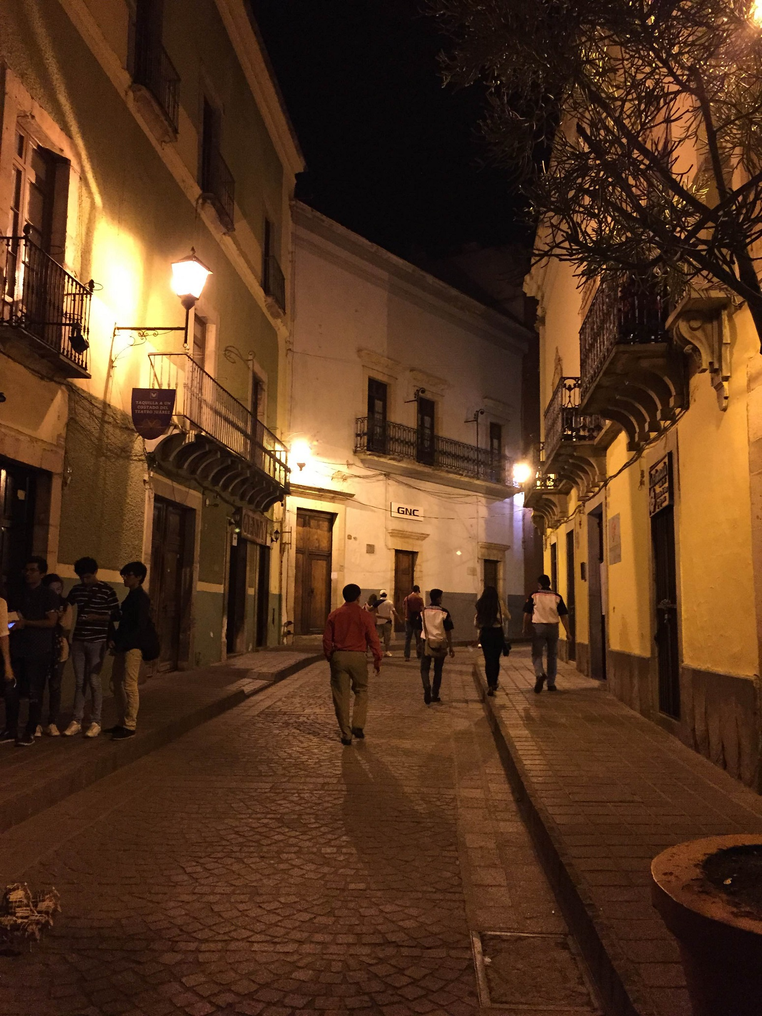 streets of Guanajuato at night