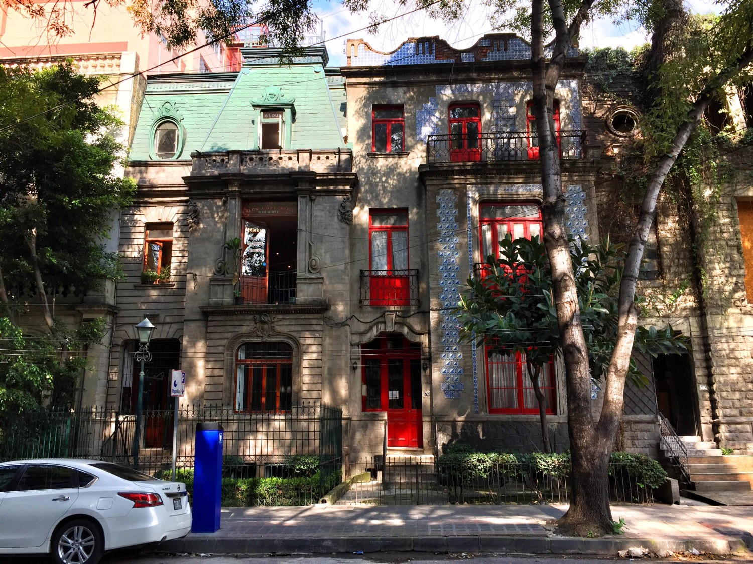 beautiful historic architecture in Mexico City