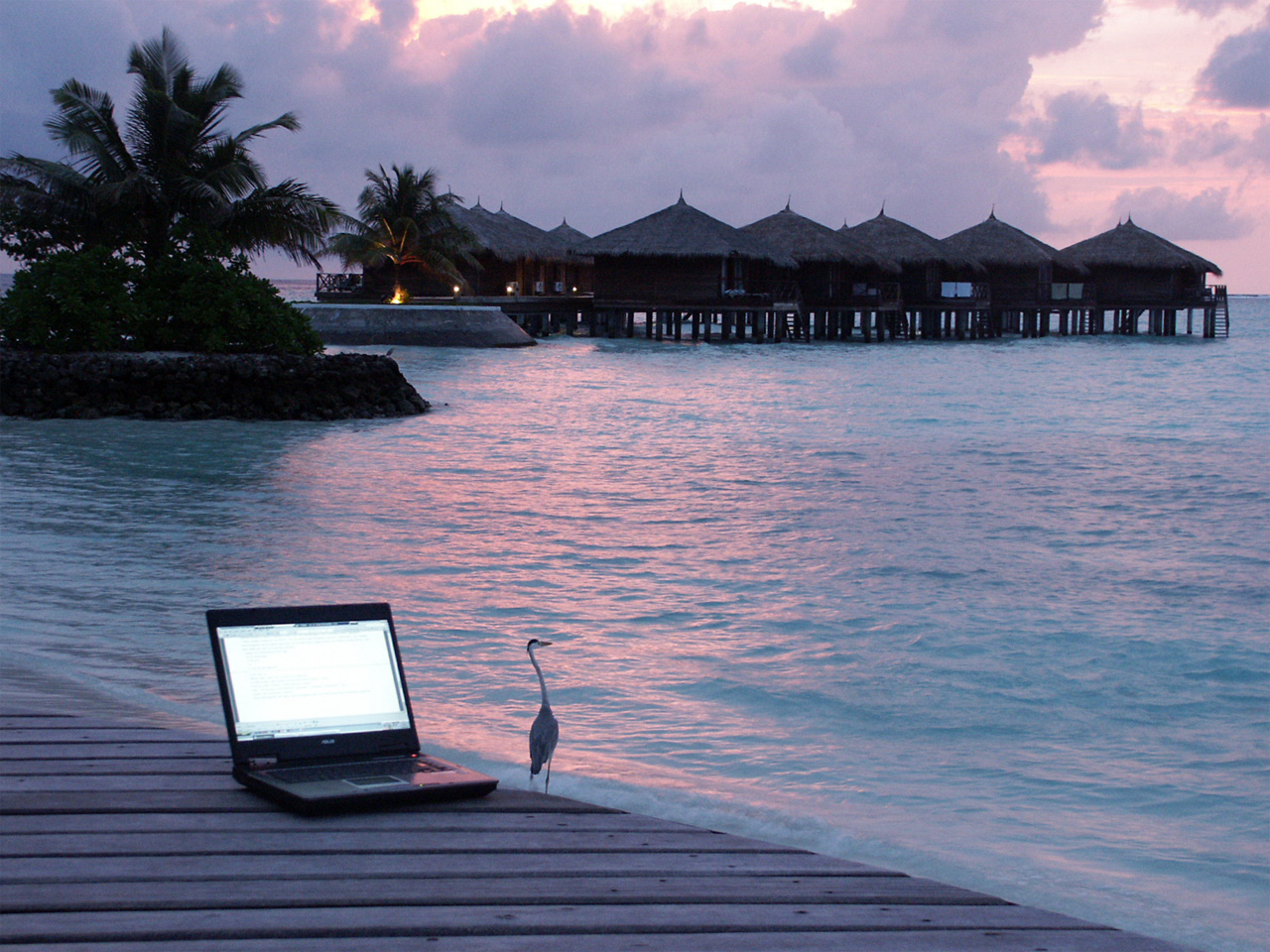 Combining work and travelling like a digital nomad is the dream of many folks